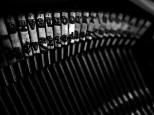 ubuntu13_04_wall_Brother typewriter by awdean1_resize